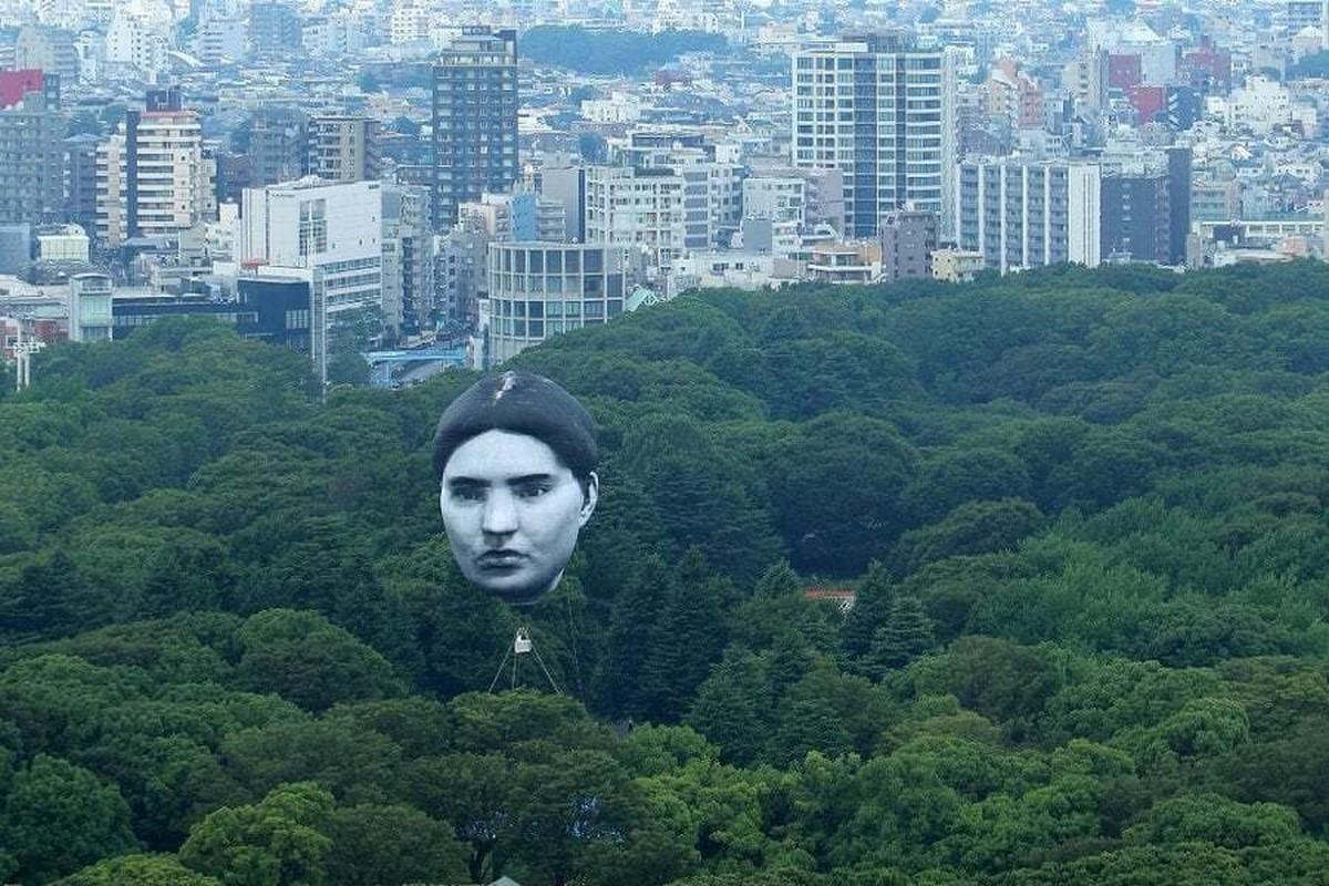 Khinh khi cau hinh dau nguoi khong lo bay tren bau troi Tokyo-Hinh-3