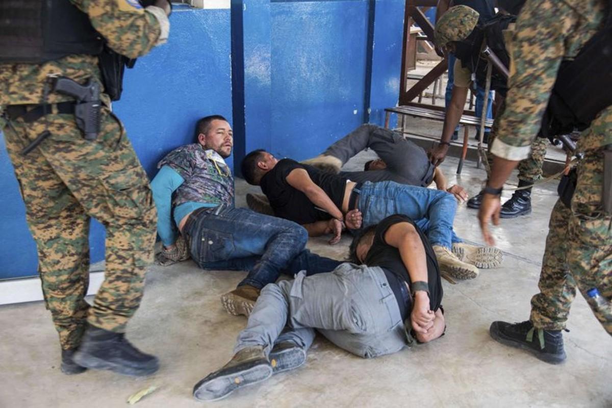 "Diem loat nghi pham ""dac biet"" trong vu am sat Tong thong Haiti-Hinh-4"