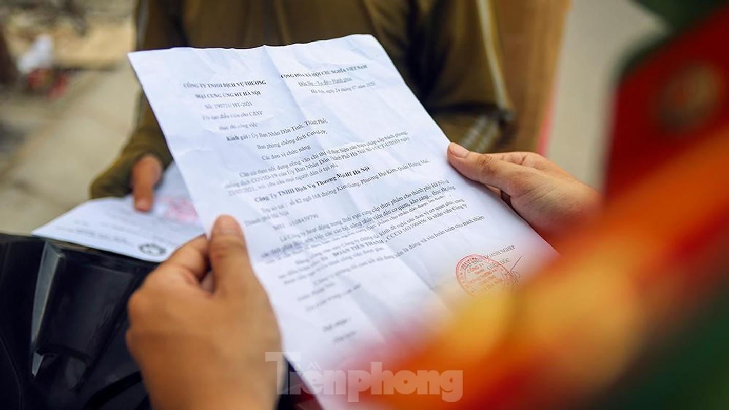 Nhieu shipper cho hang khong thiet yeu bi phat tai Ha Noi-Hinh-4