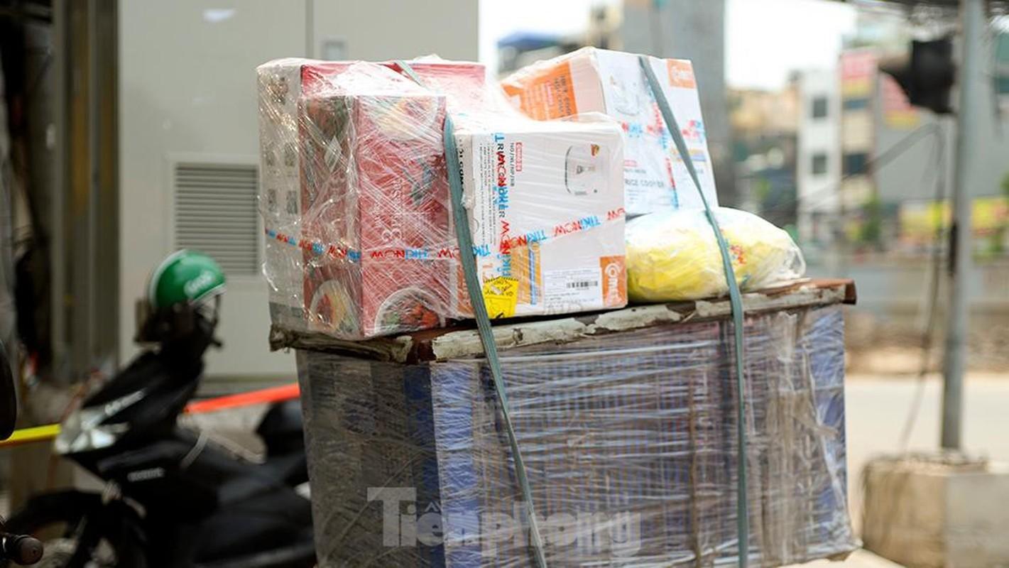 Nhieu shipper cho hang khong thiet yeu bi phat tai Ha Noi-Hinh-6