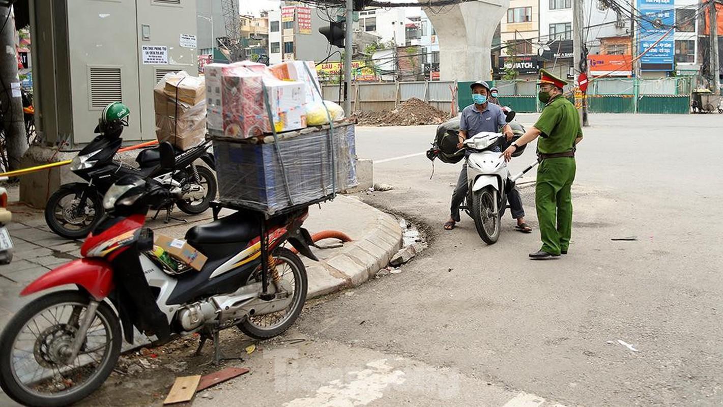 Nhieu shipper cho hang khong thiet yeu bi phat tai Ha Noi-Hinh-8
