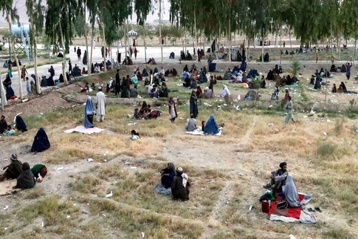 """Can canh nguoi dan Afghanistan """"chay loan"""" khi Taliban hoanh hanh-Hinh-4"""