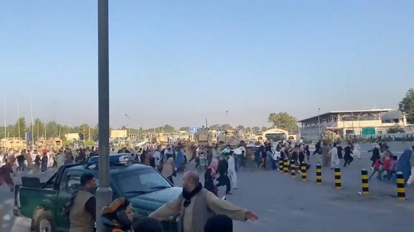 Canh hon loan tai san bay Kabul sau khi Taliban tran vao thu do-Hinh-5