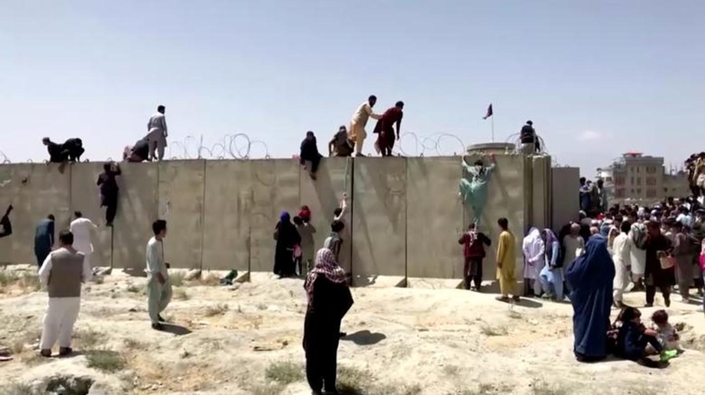 Canh hon loan tai san bay Kabul sau khi Taliban tran vao thu do-Hinh-7
