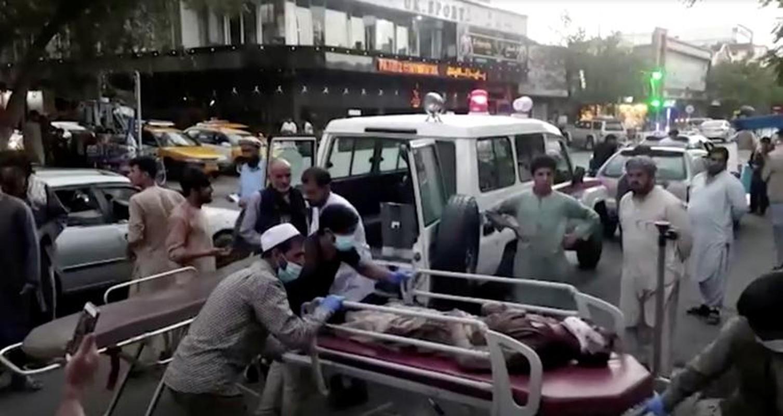 Toan canh vu danh bom kinh hoang o san bay Kabul, nhieu nguoi chet-Hinh-11