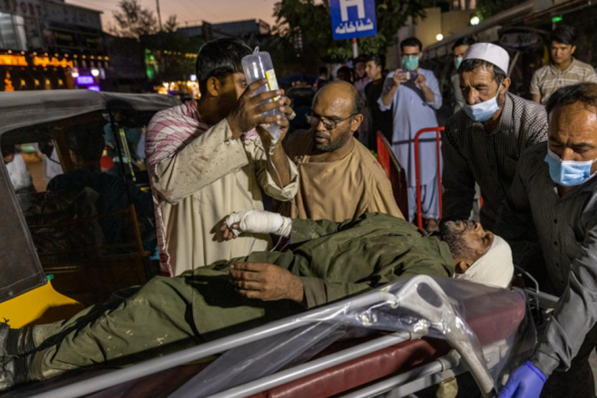 Toan canh vu danh bom kinh hoang o san bay Kabul, nhieu nguoi chet-Hinh-6