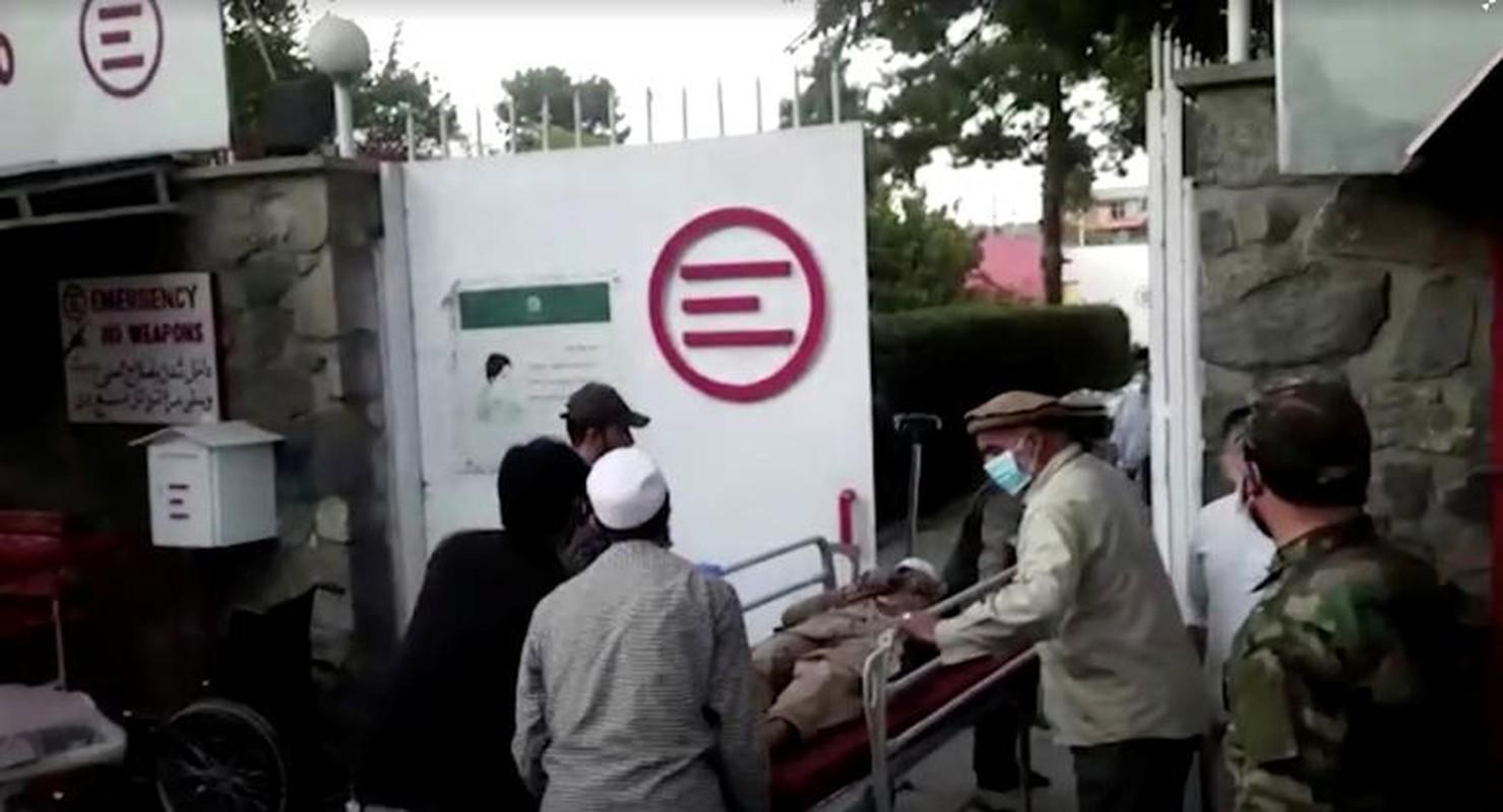 Toan canh vu danh bom kinh hoang o san bay Kabul, nhieu nguoi chet-Hinh-9