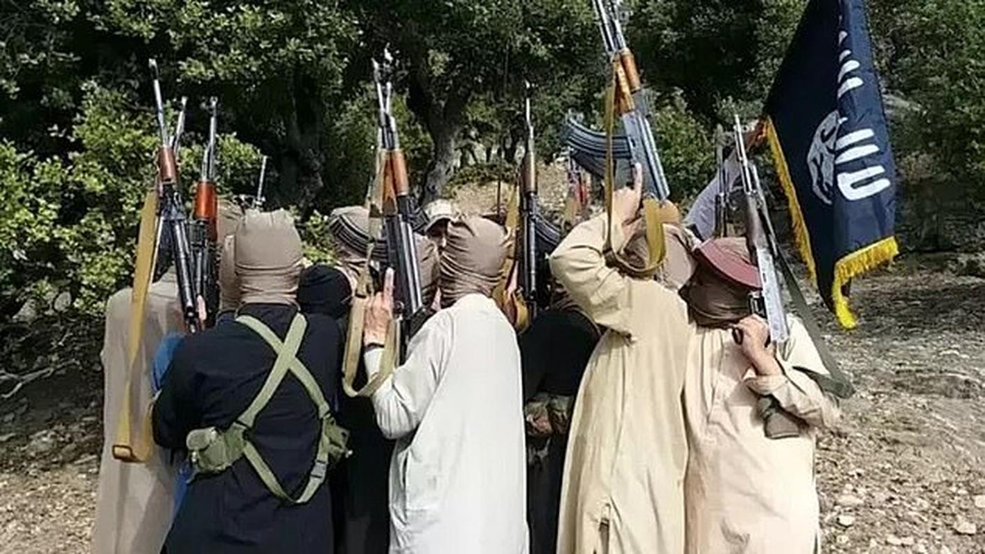 Nhom khung bo IS-K danh bom san bay Kabul nguy hiem the nao?