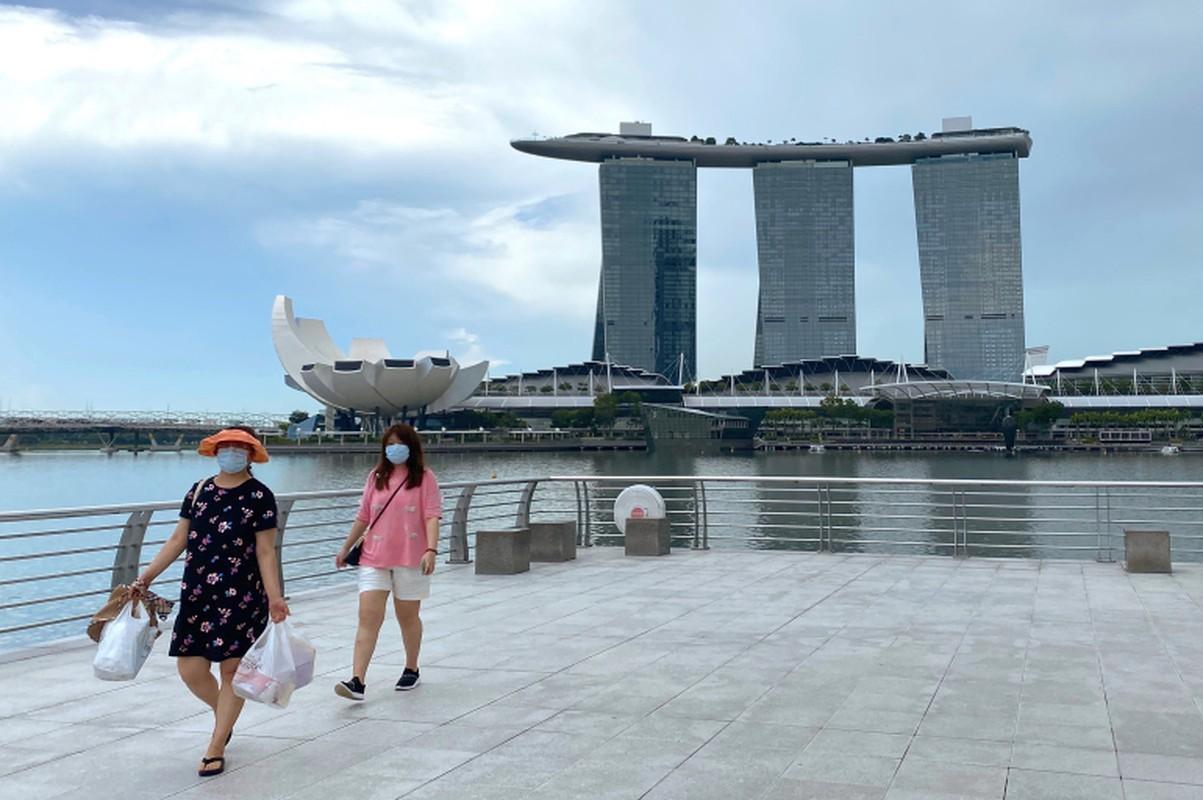 80% dan so duoc tiem chung, Singapore se tro lai cuoc song binh thuong?-Hinh-7