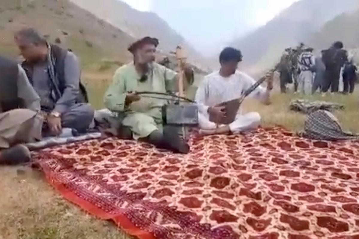 Toan canh vu Taliban hanh quyet ca si dan ca Afghanistan-Hinh-2