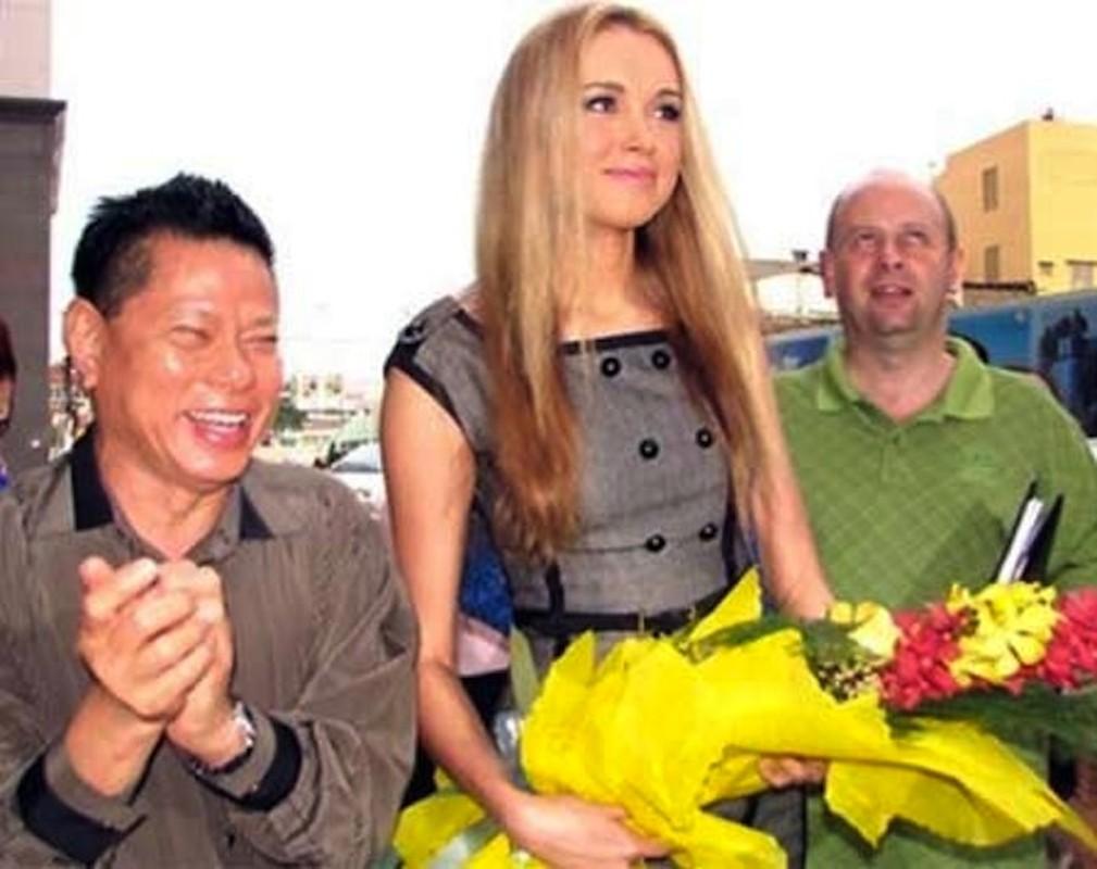 He lo ''cuoc tinh'' giua dai gia Hoang Kieu voi cac hoa hau-Hinh-4
