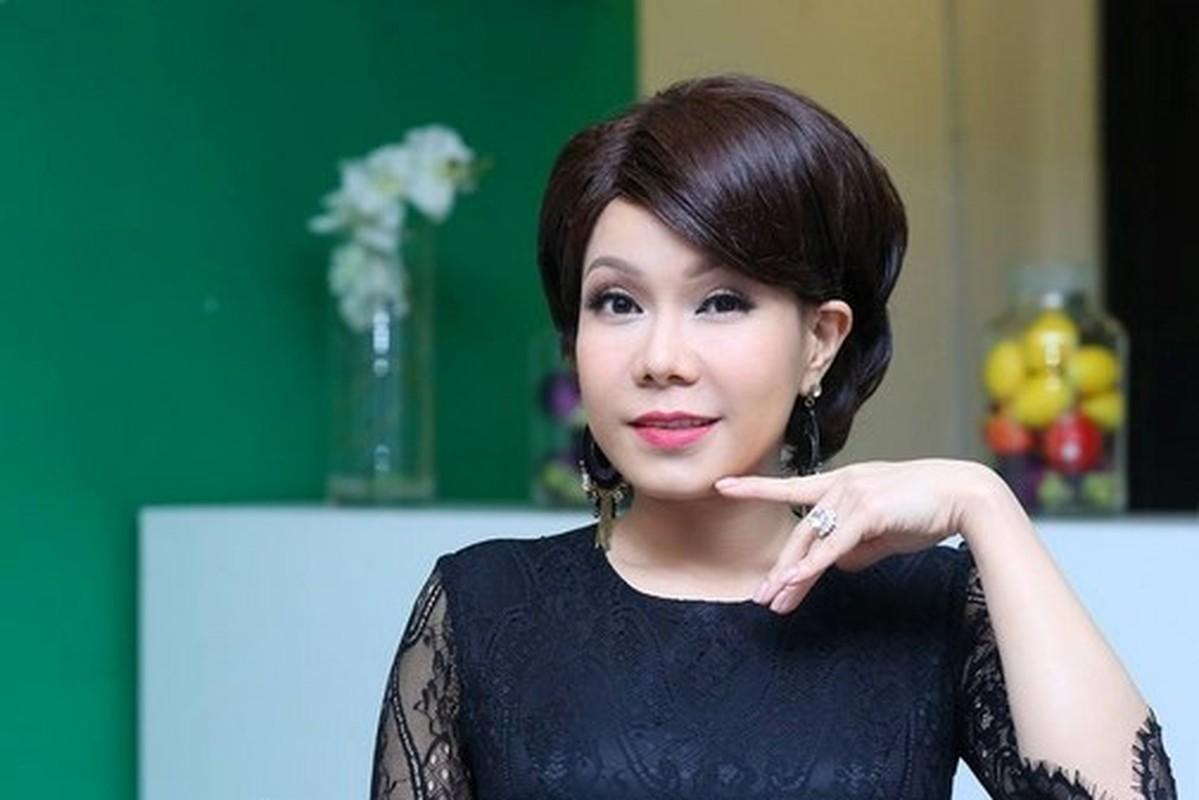 Choang voi guong mat moc khong trang diem cua Viet Huong-Hinh-2
