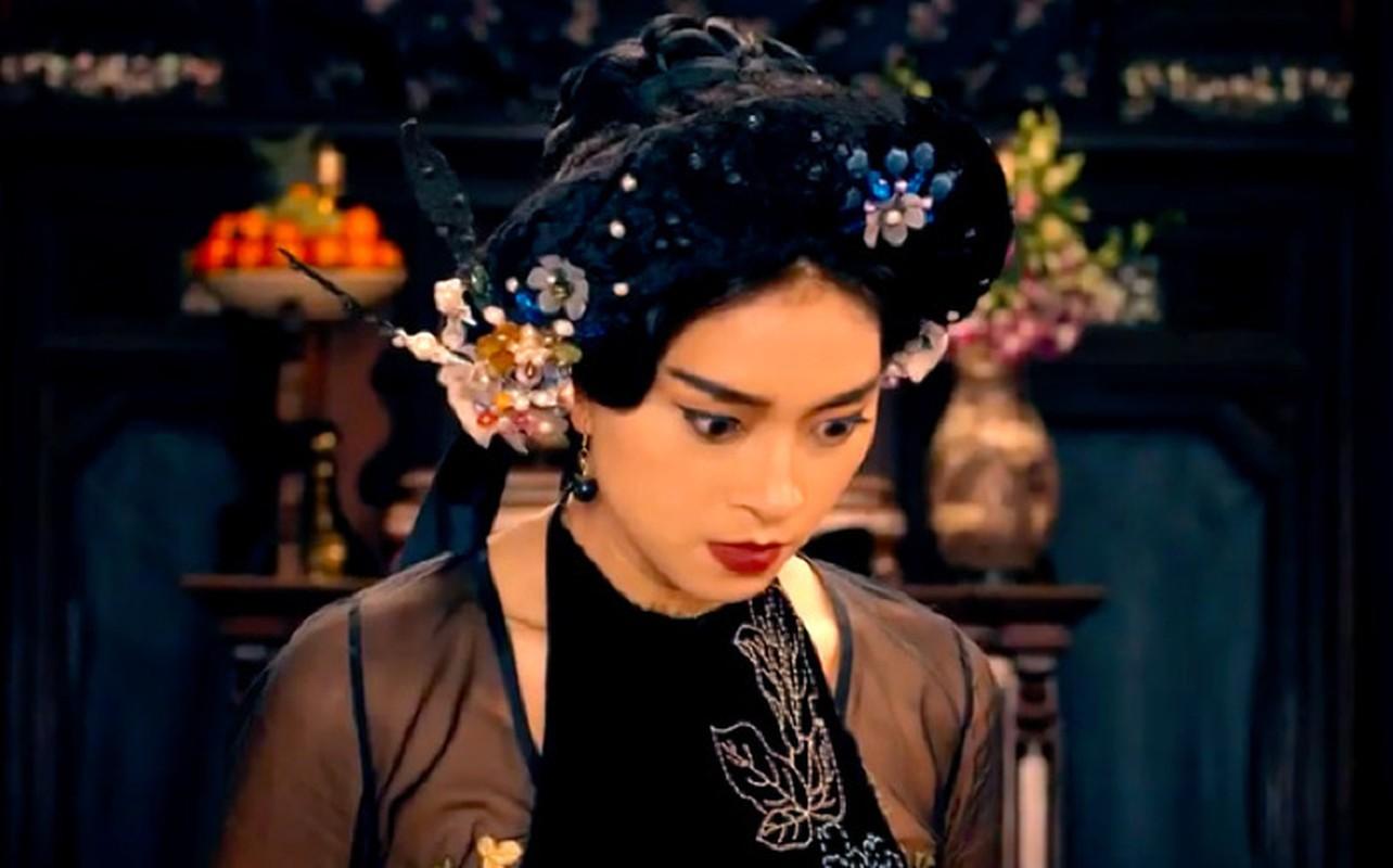 Phim Tam Cam Ngo Thanh Van khoac chiec ao qua rong-Hinh-6