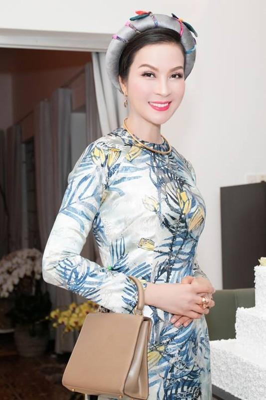 Bat ngo tuoi that cua Thanh Mai, Ly Nha Ky, Mai Thu Huyen...