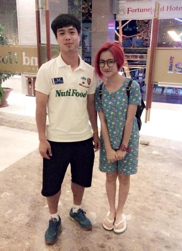 """Cong Phuong va Hoa Minzy da chinh thuc """"duong ai nay di""""?-Hinh-3"""