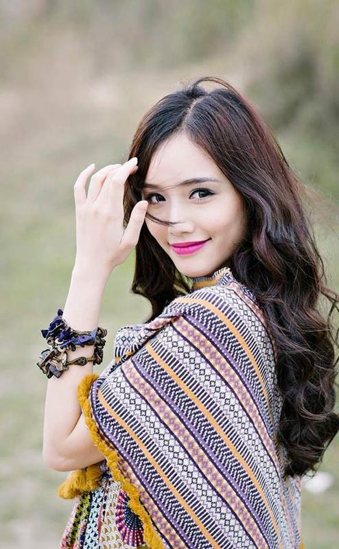 Ngam 4 hotgirl Ngoai thuong xinh nhu Hoa hau Do My Linh-Hinh-10