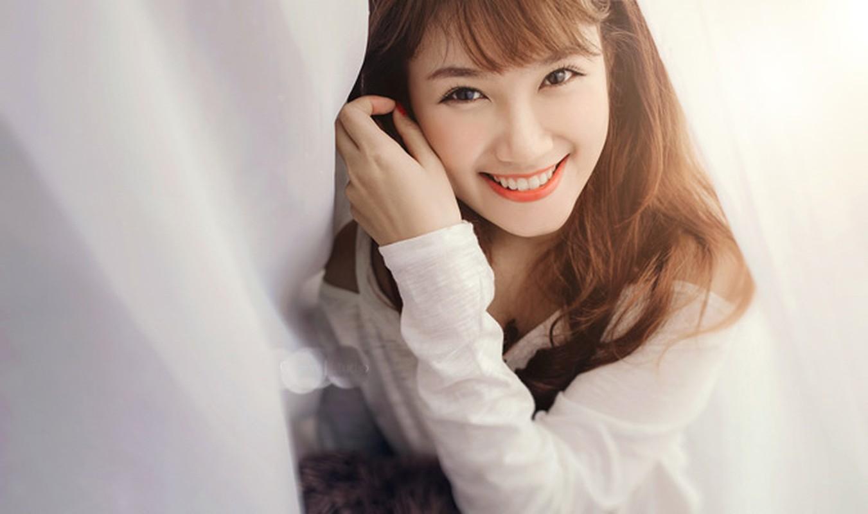 Ngam 4 hotgirl Ngoai thuong xinh nhu Hoa hau Do My Linh-Hinh-8