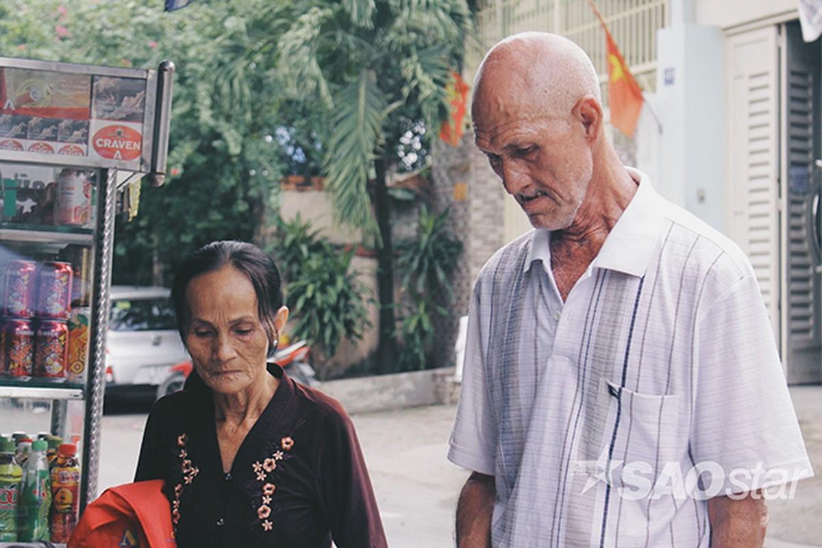 Chuyen tinh vo Viet va ong Tay ngheo o chan cau Hau Giang-Hinh-8