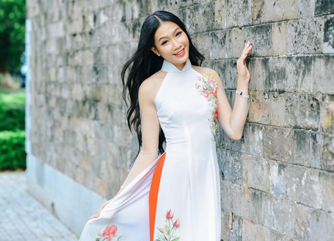 15 nu sinh Dai hoc Luat Ha Noi khoe nhan sac noi bat-Hinh-13