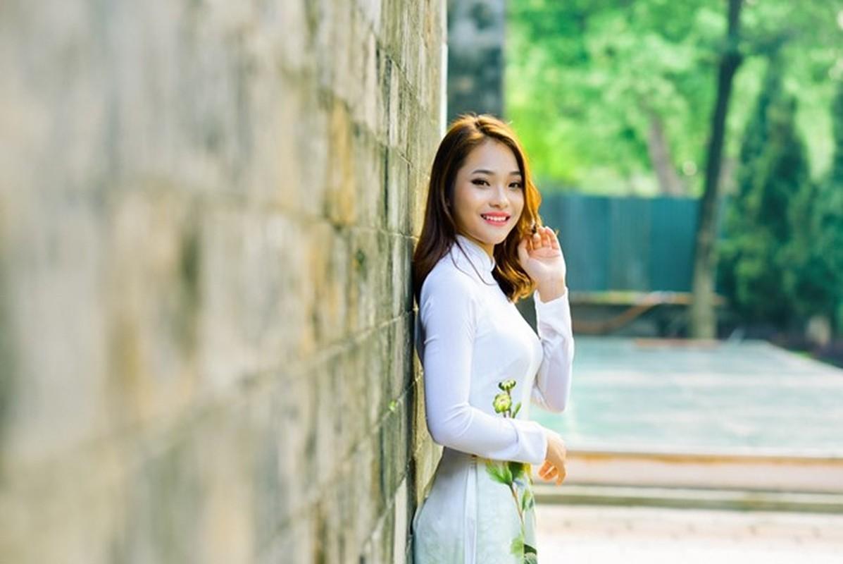 15 nu sinh Dai hoc Luat Ha Noi khoe nhan sac noi bat-Hinh-15