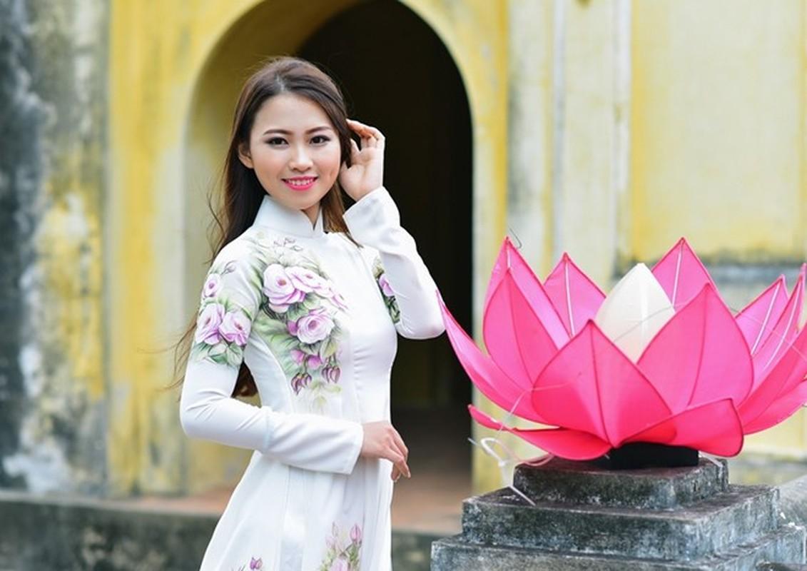 15 nu sinh Dai hoc Luat Ha Noi khoe nhan sac noi bat-Hinh-3