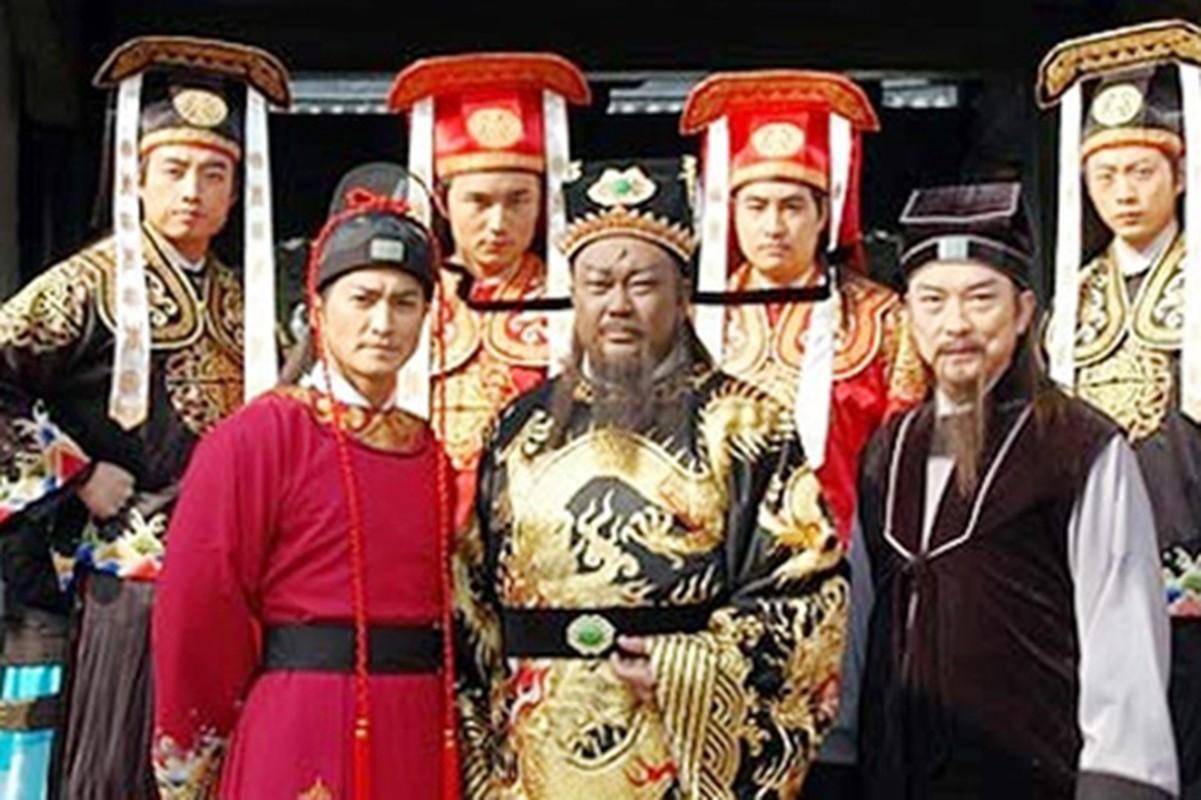 """4 """"Trien Chieu"""" dien trai nhat man anh Hoa ngu"""