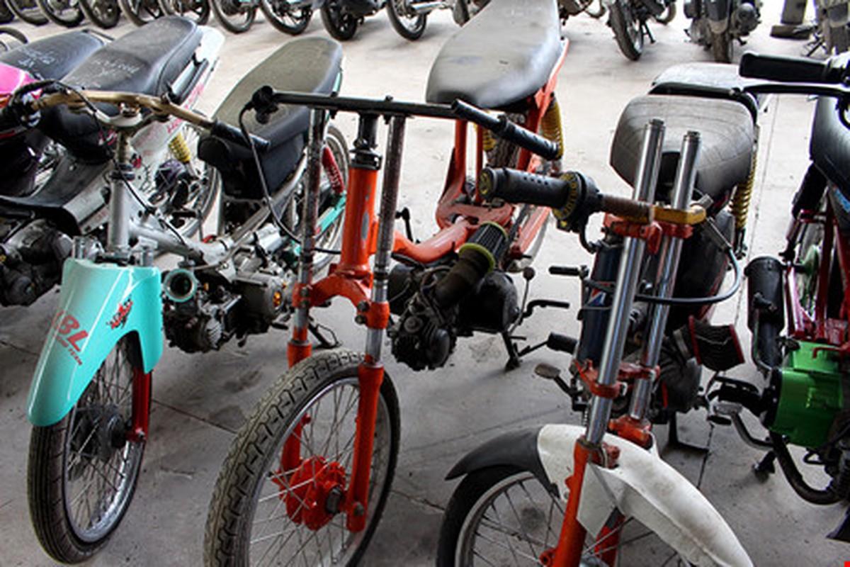 "Hoang hon voi hinh thu ""quai di"" phuong tien dua xe trai phep-Hinh-2"
