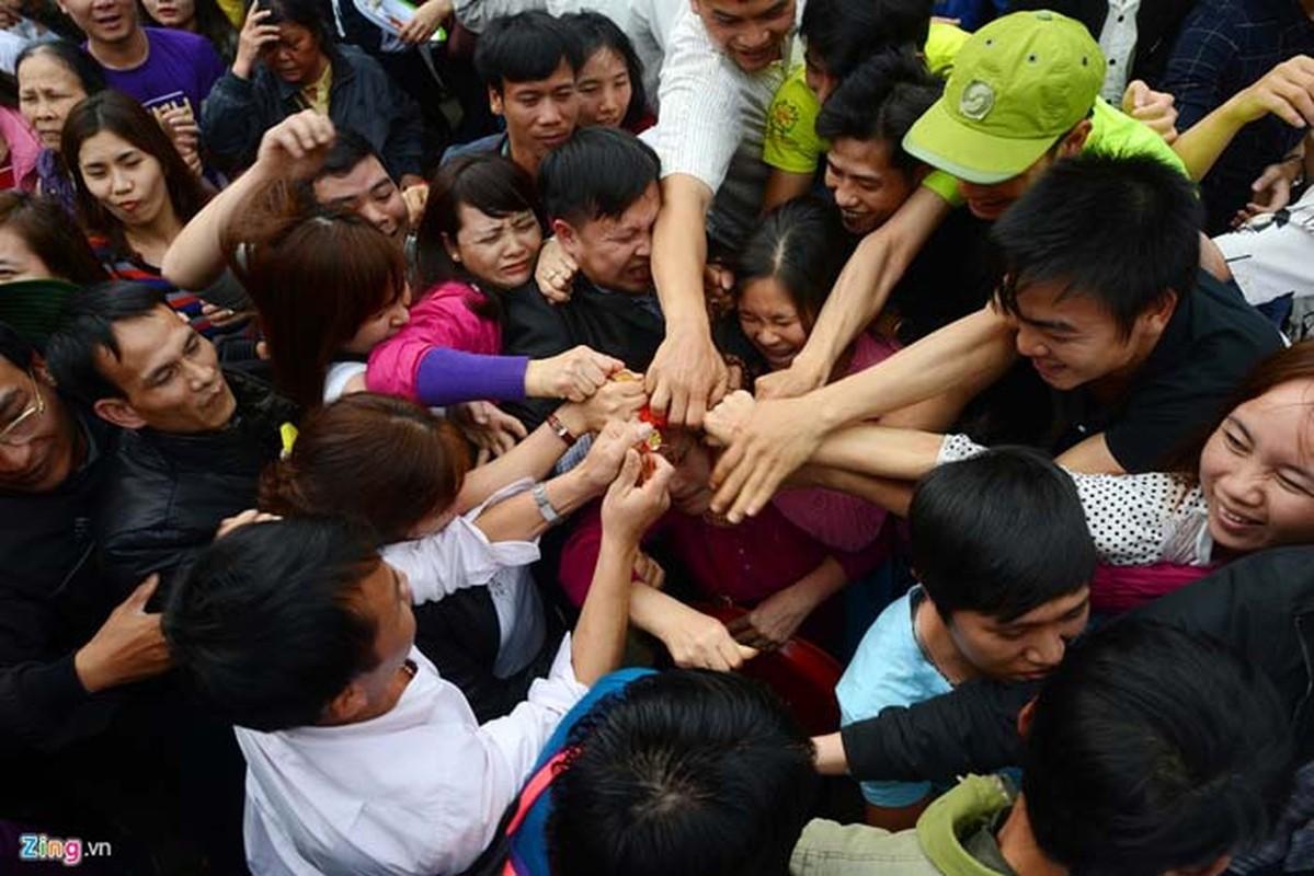 Nhung hinh anh chuong tai gai mat nhat mua le hoi 2017-Hinh-2