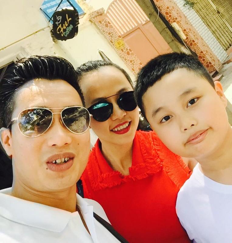 He lo nguoi vo bi an, xinh dep cua MC Hoa Thanh Tung-Hinh-6