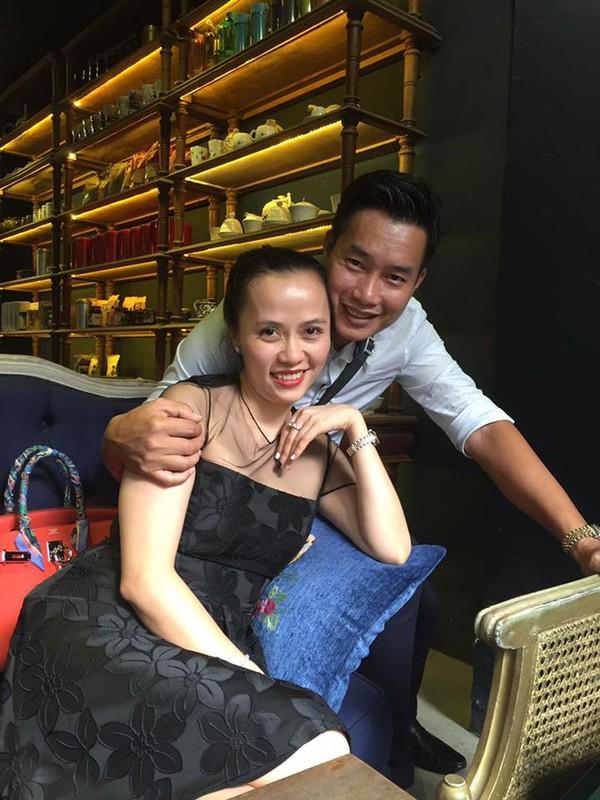 He lo nguoi vo bi an, xinh dep cua MC Hoa Thanh Tung-Hinh-7