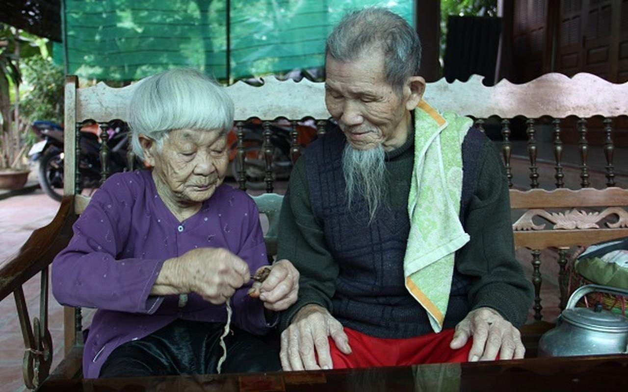 Nguong mo hanh phuc cua cu ong 97 tuoi va cu ba 87 tuoi-Hinh-6