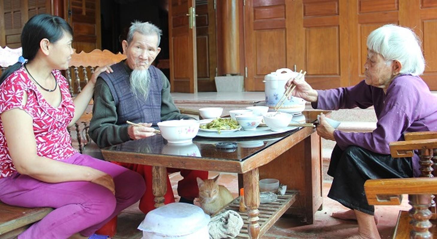 Nguong mo hanh phuc cua cu ong 97 tuoi va cu ba 87 tuoi-Hinh-9