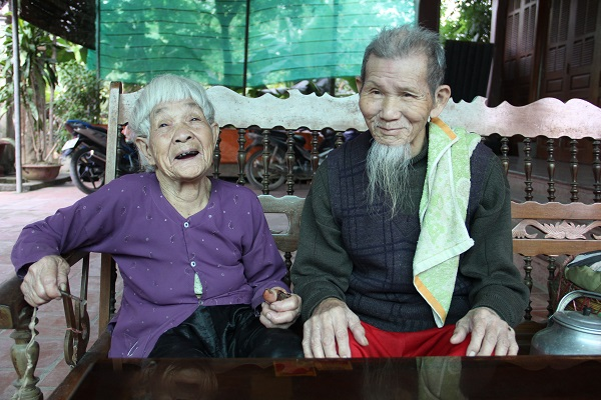 Nguong mo hanh phuc cua cu ong 97 tuoi va cu ba 87 tuoi