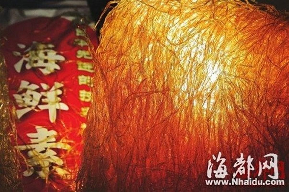 Dung toc gay nhung thuc pham Trung Quoc lam tu nhua, cao su-Hinh-4