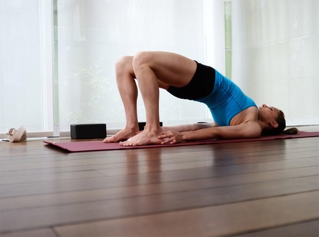 4 tu the yoga chũa dau bung kinh rát hiẹu nghiẹm-Hinh-12