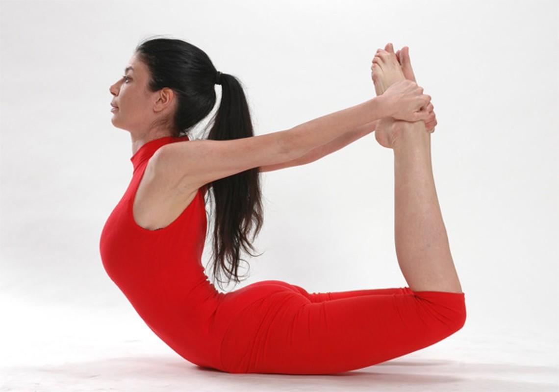 4 tu the yoga chũa dau bung kinh rát hiẹu nghiẹm-Hinh-2