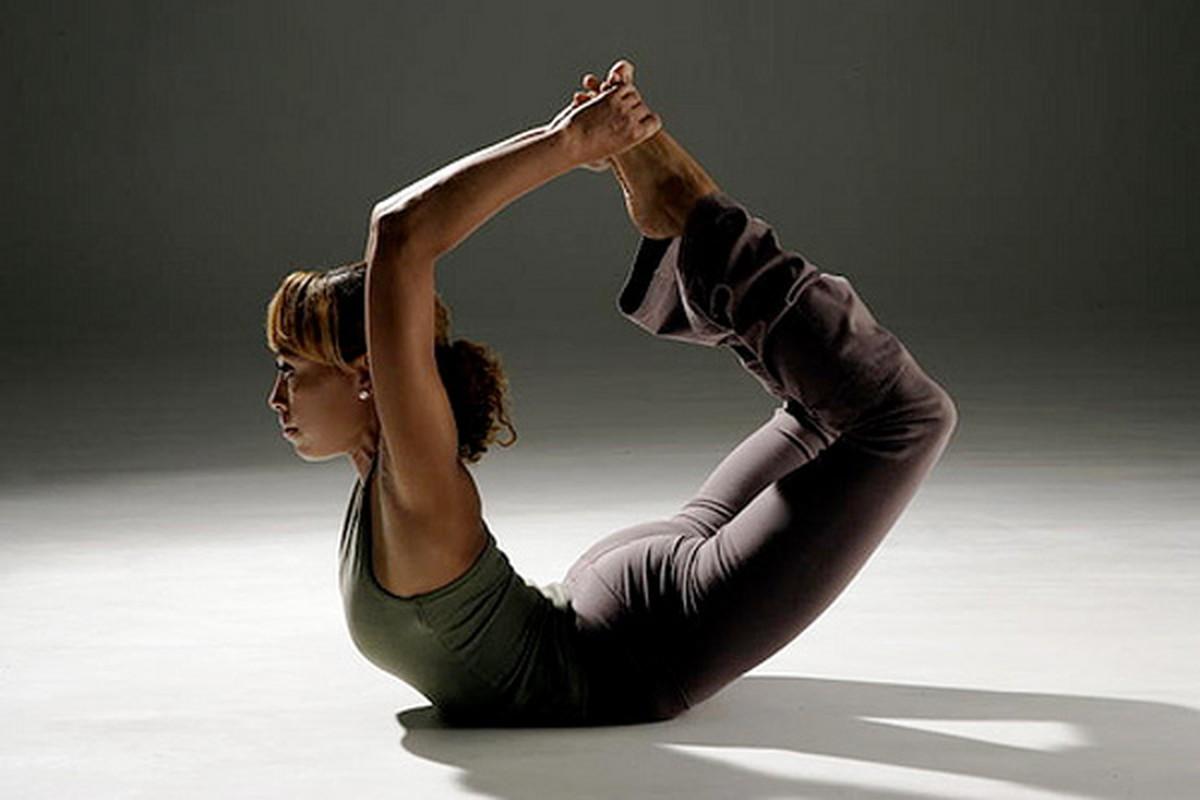 4 tu the yoga chũa dau bung kinh rát hiẹu nghiẹm-Hinh-4