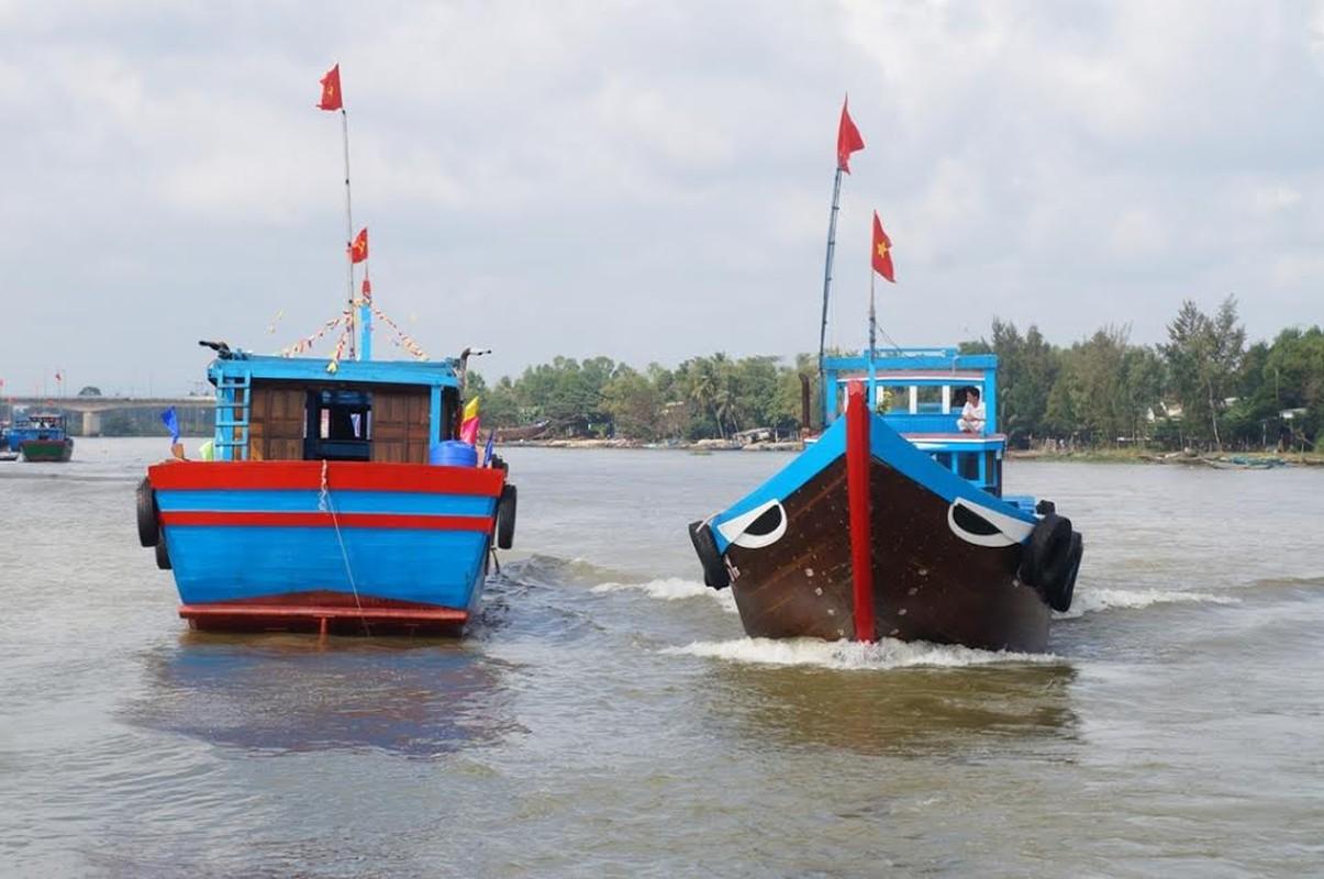 Anh tau thuyen Quang Nam dong loat ra khoi ngay mong 1 Tet-Hinh-5