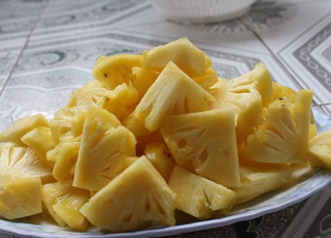 Nau canh chua ngao dua giup lay lai khau vi sau Tet-Hinh-2