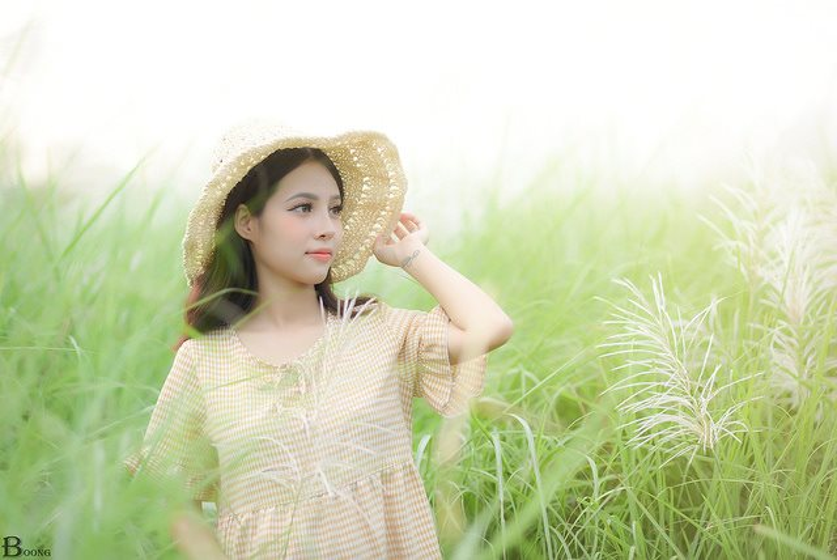 9X Ha Thanh xinh dep, tai nang thanh cong tu hai ban tay trang-Hinh-2