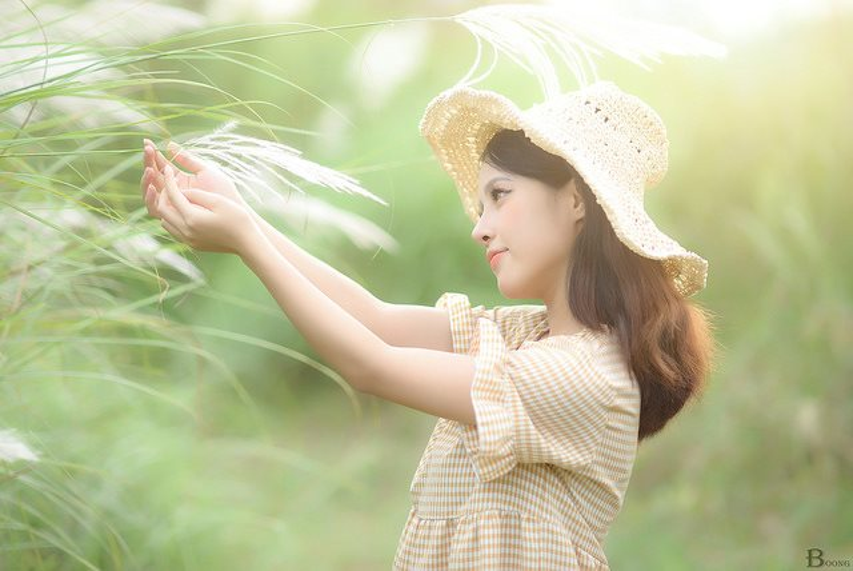 9X Ha Thanh xinh dep, tai nang thanh cong tu hai ban tay trang-Hinh-3
