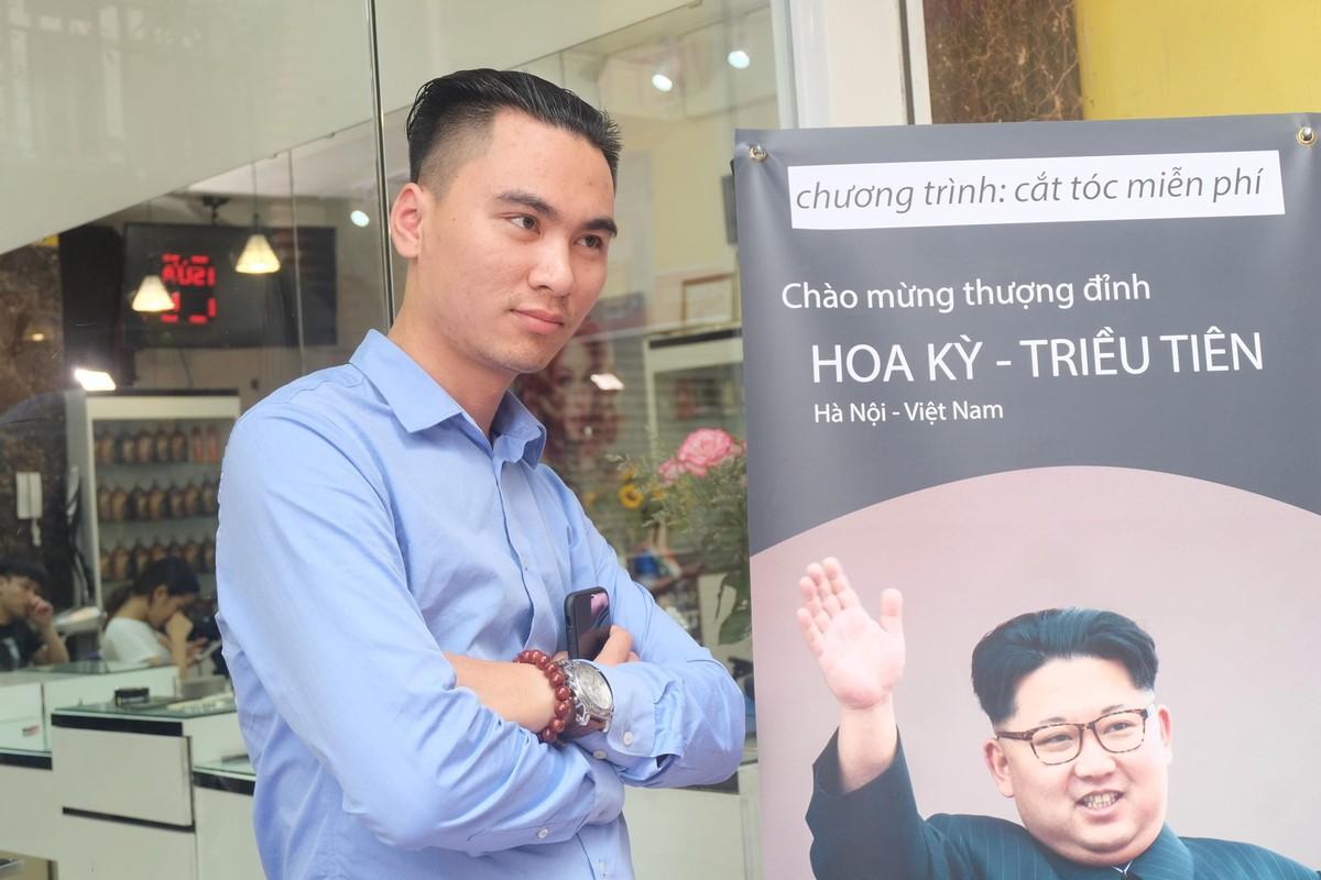 Gioi tre Ha Noi hao hung cat toc giong ong Trump va Kim Jong-Un-Hinh-4