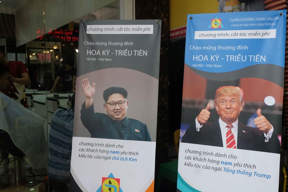 Gioi tre Ha Noi hao hung cat toc giong ong Trump va Kim Jong-Un