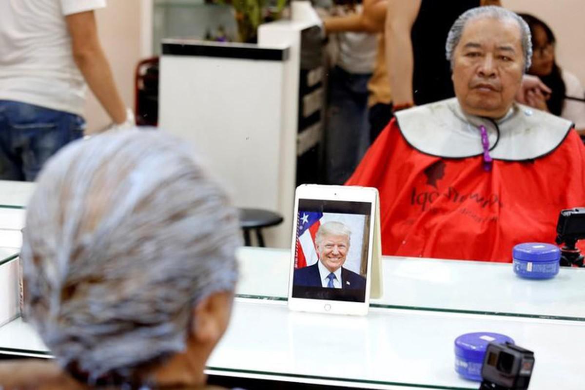 Gioi tre Ha Noi hao hung cat toc giong ong Trump va Kim Jong-Un-Hinh-8