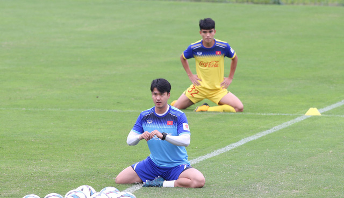 "HLV the luc U23 Viet Nam co gi khien fan nu ""phat cuong""?"