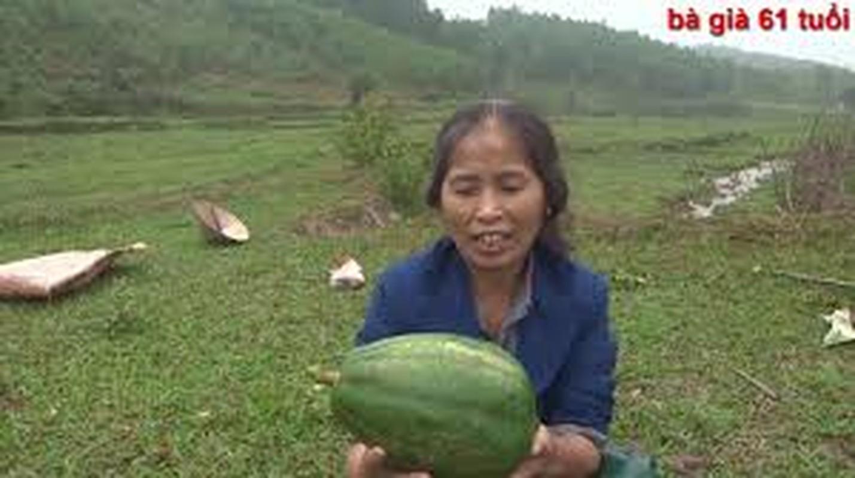 """Dan mang choang ngop truoc do phu song cua """"Ba gia 61 tuoi""""-Hinh-3"""