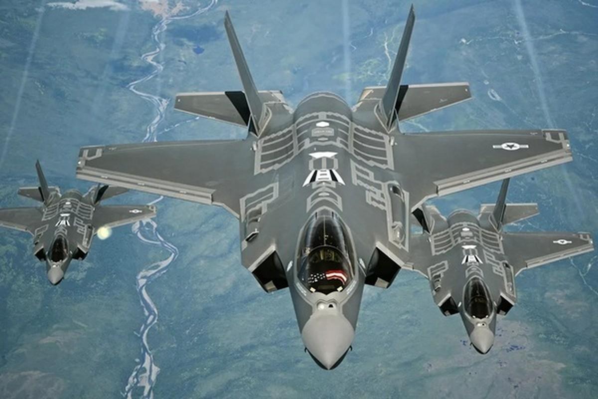 """Dat len ban can"" chien dau co F-35 My va Su-35 Nga-Hinh-10"