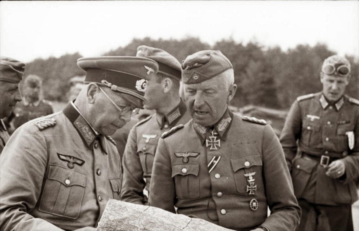 """""""Muoi don danh cua Stalin"""" de bep Duc Quoc xa trong The chien II-Hinh-23"""