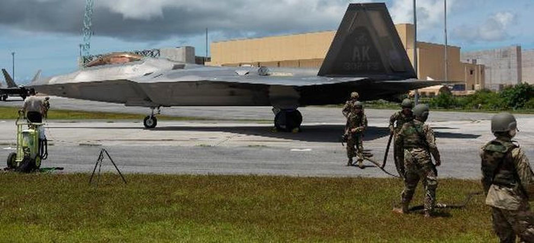 "Du rat dau dau, tai sao cac phi cong van ""yeu"" tiem kich F-22?-Hinh-3"