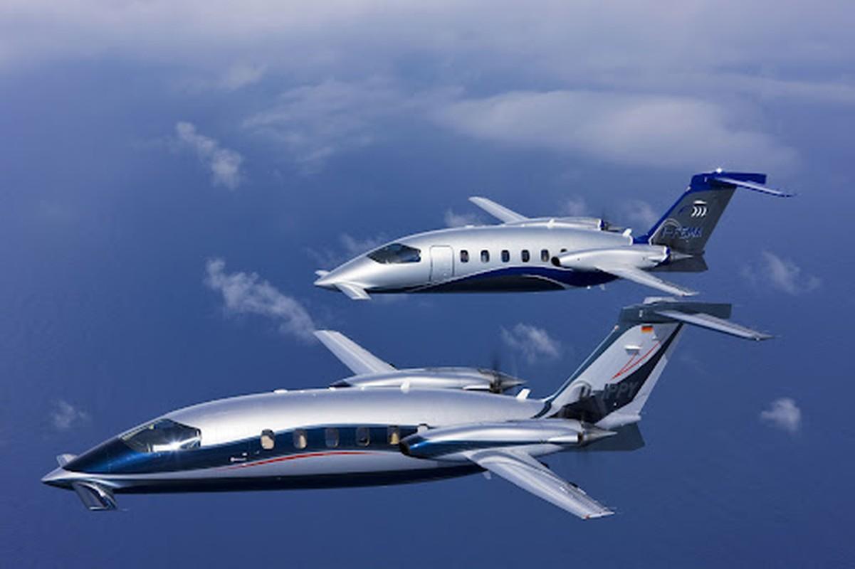 Italia: Tu bo UAV va mua may tu hang che tao xe may Vespa-Hinh-18